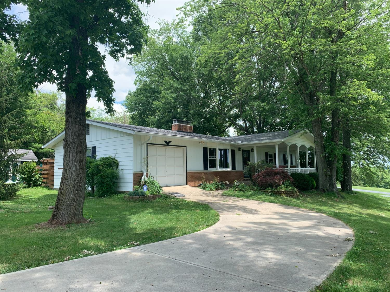 8125 Smith Road Property Photo