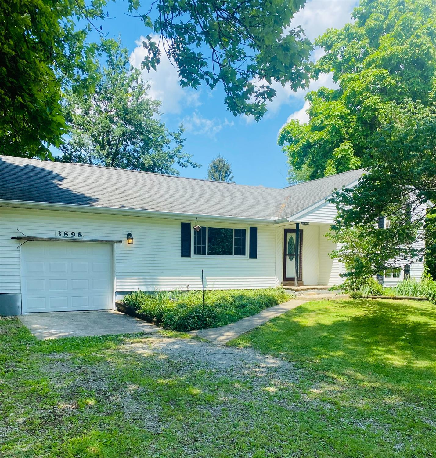 3898 N Lakeshore Drive Property Photo