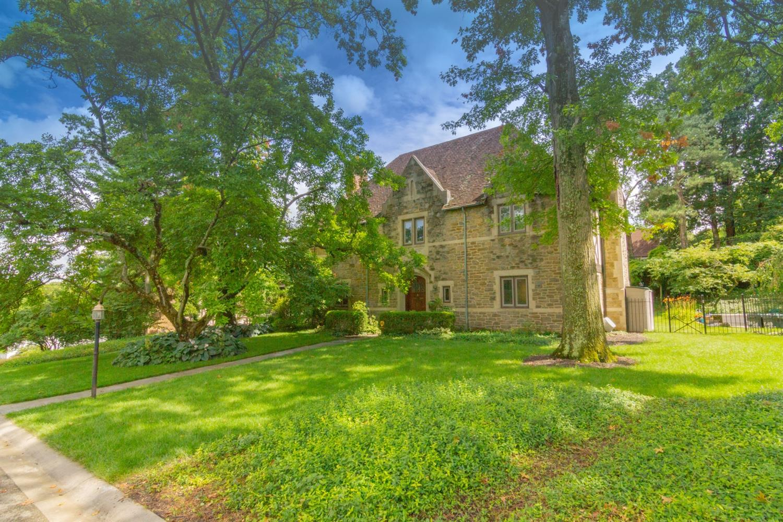 4 Cypress Garden Avenue Property Photo 1