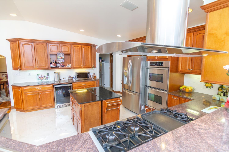 4 Cypress Garden Avenue Property Photo 4
