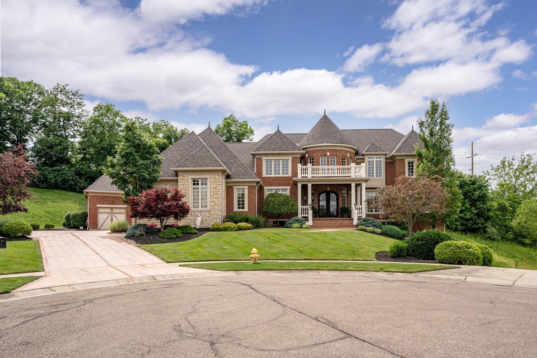 6869 Sally Court Property Photo 1