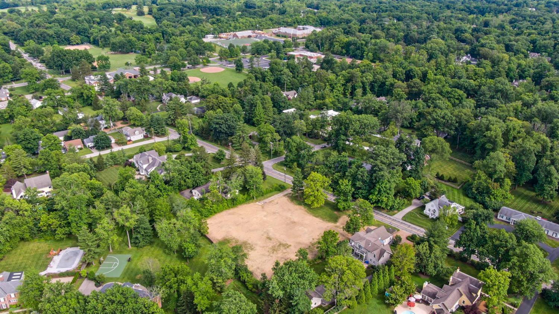 8150 Shawnee Run Road Property Photo 7