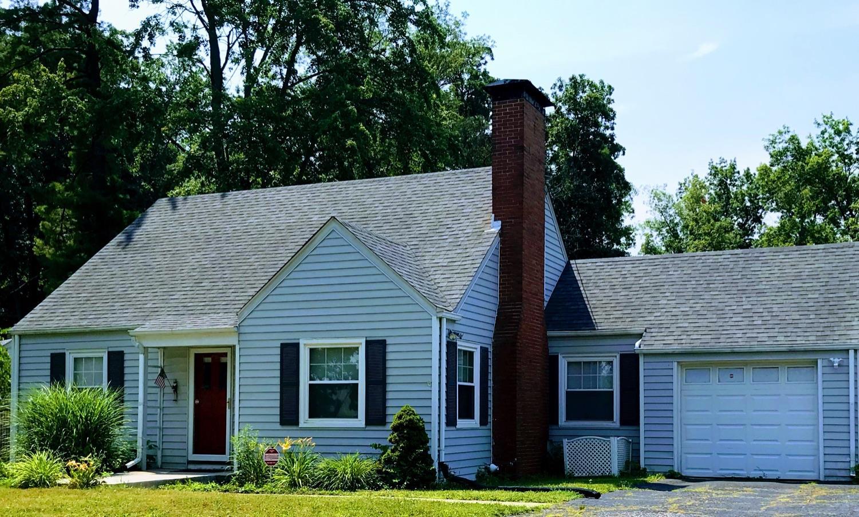1561 Woodview Lane Property Photo 1