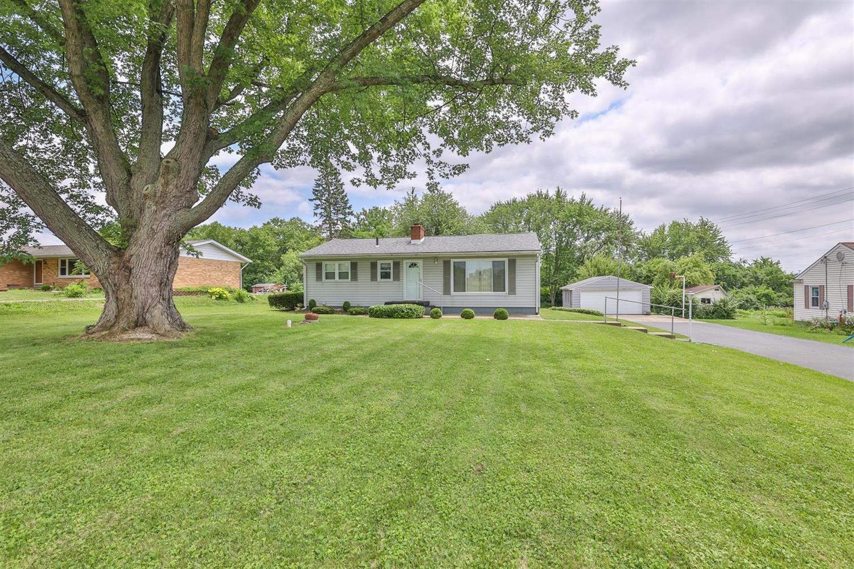 5919 Hendrickson Road Property Photo
