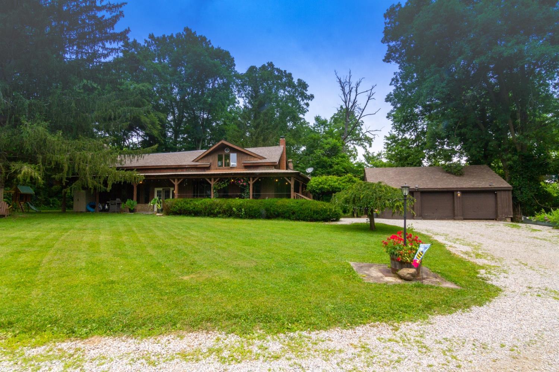 2247 Moore Saur Road Property Photo 1