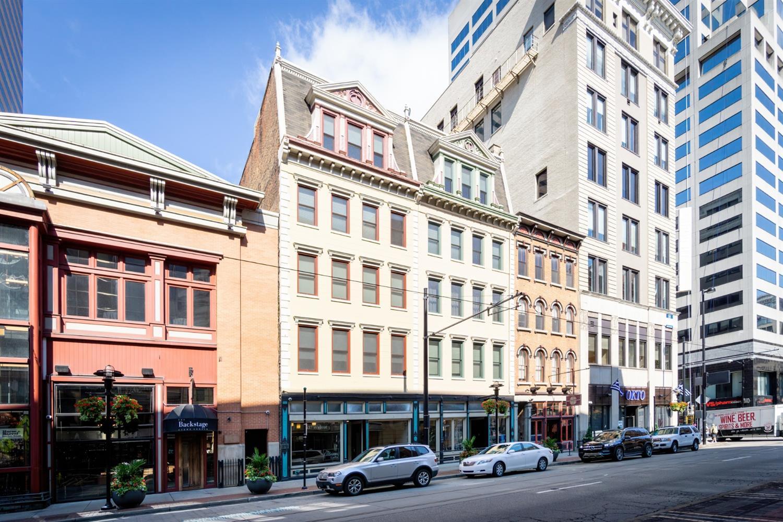 637 Walnut Street Property Photo 1