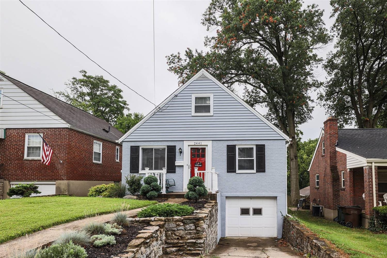 2441 St Albans Avenue Property Photo
