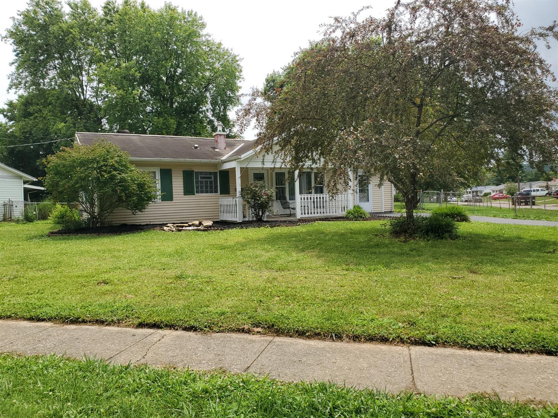 300 Whitewater Drive Property Photo