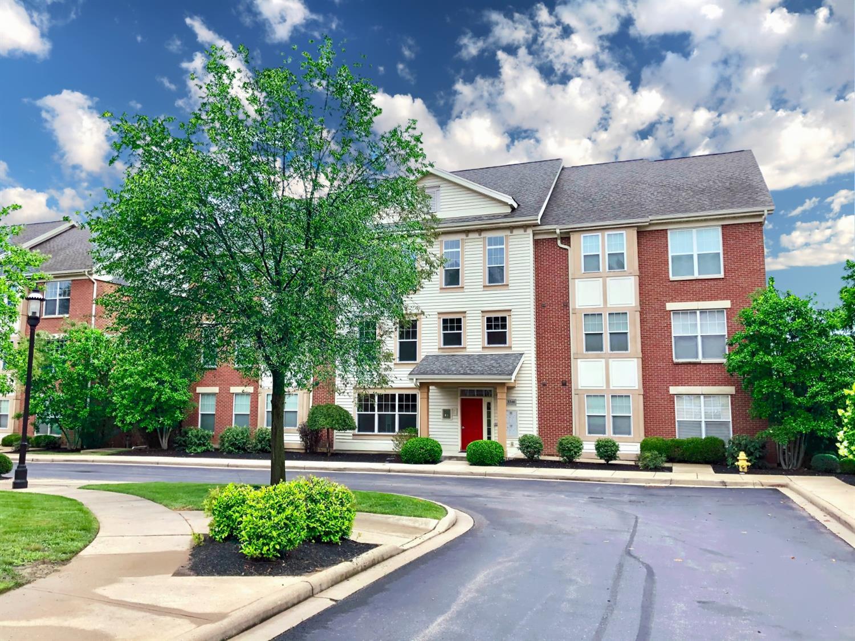 3346 Marburg Square Lane Property Photo