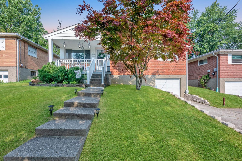 5323 Plumridge Drive Property Photo