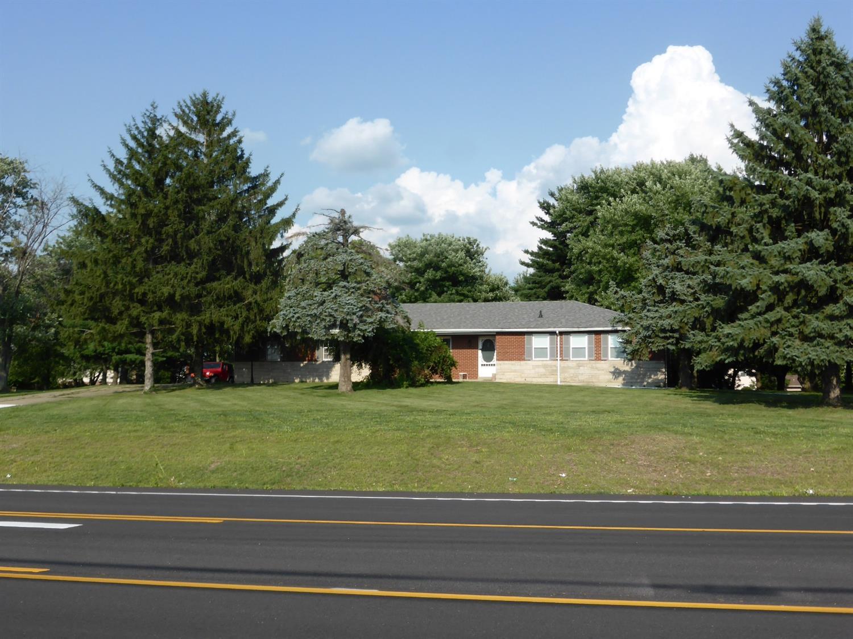 6744 Yankee Road Property Photo