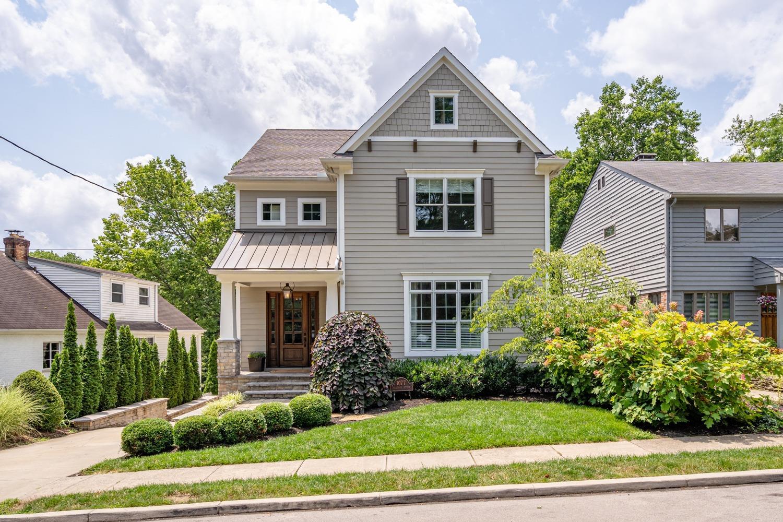 1077 Richwood Avenue Property Photo 1