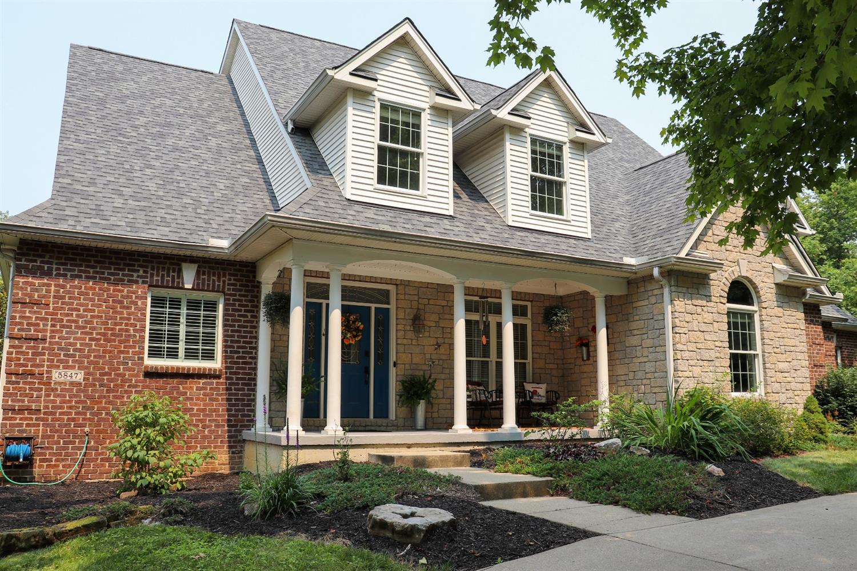 5847 Woodthrush Lane Property Photo 3