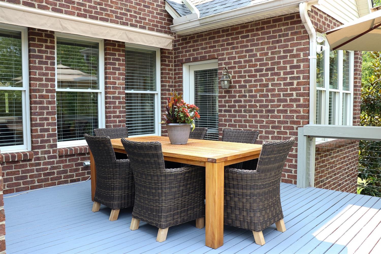 5847 Woodthrush Lane Property Photo 8