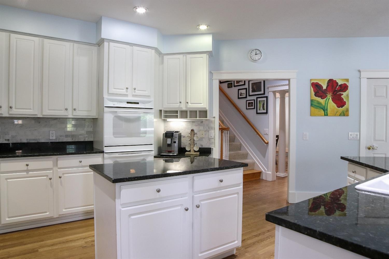 5847 Woodthrush Lane Property Photo 12