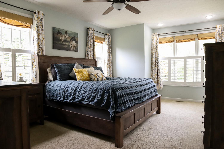 5847 Woodthrush Lane Property Photo 13