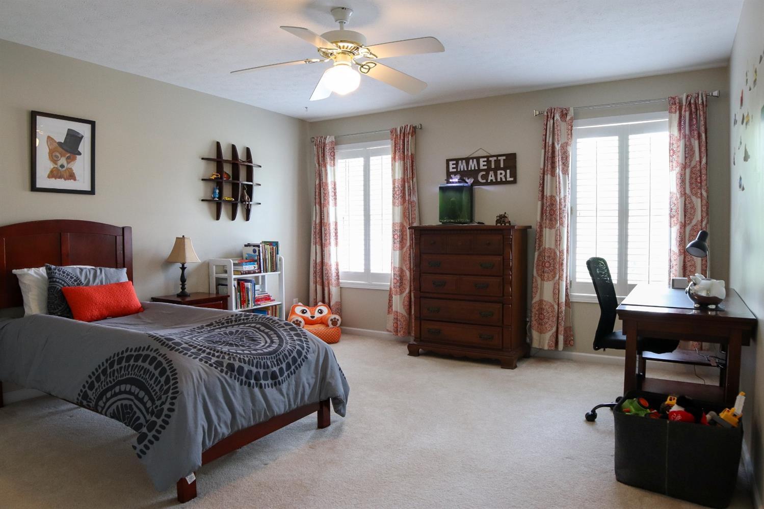 5847 Woodthrush Lane Property Photo 17