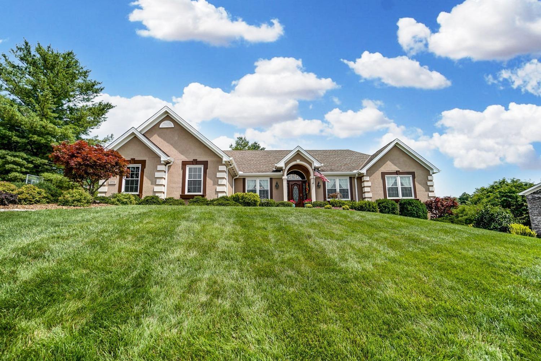 5758 Chapel Heights Lane Property Photo 1