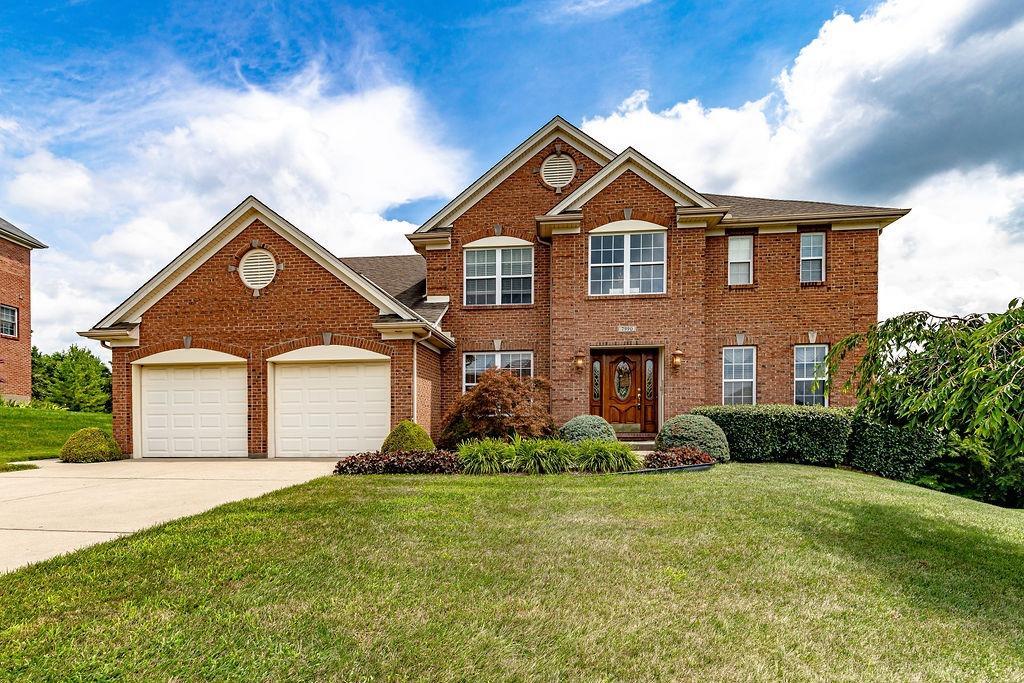 7990 Spring Leaf Drive Property Photo 1