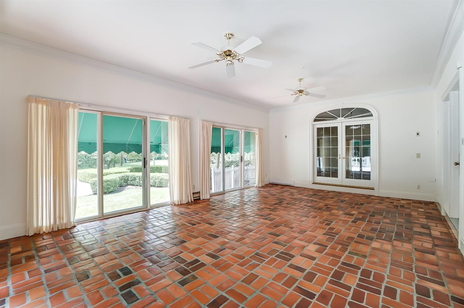 8125 Given Road Property Photo 32