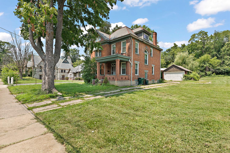 758 E Epworth Avenue Property Photo