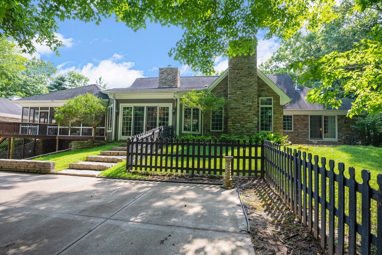 960 Walnut Street Property Photo 8