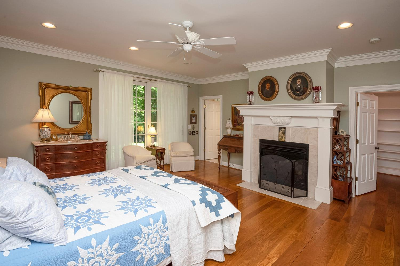 960 Walnut Street Property Photo 24