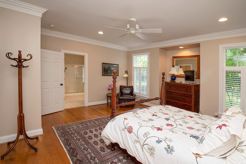 960 Walnut Street Property Photo 29