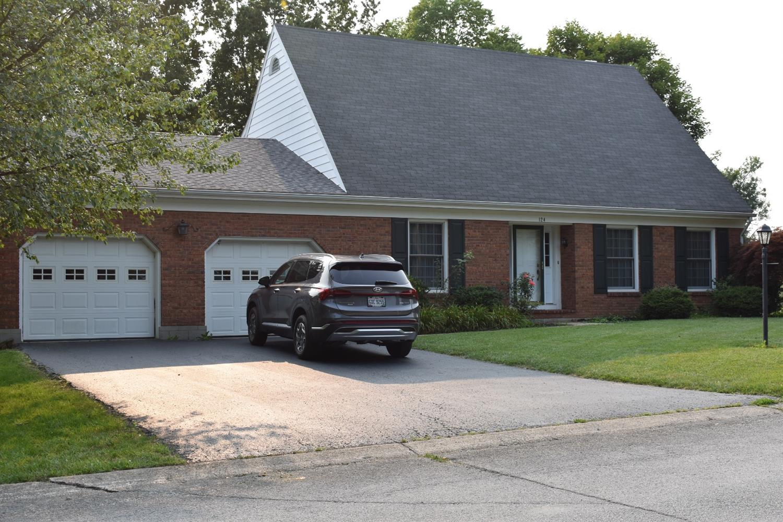 124 Sherwood Drive Property Photo