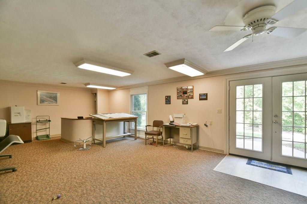 1000 Overbrook Avenue Property Photo 36
