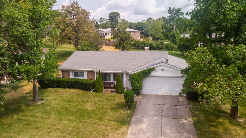 624 Glenway Drive Property Photo 1
