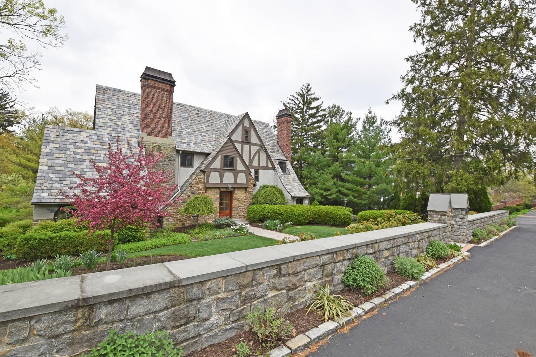 1161 Edwards Road Property Photo 1