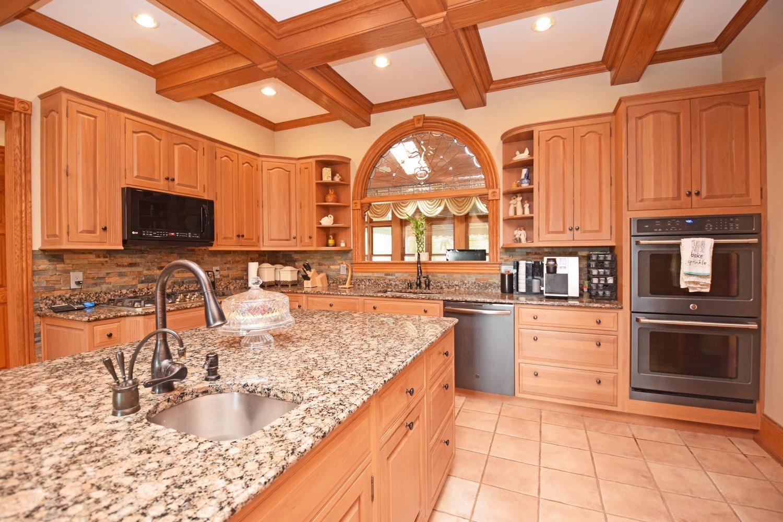 8595 Jordan Road Property Photo 16