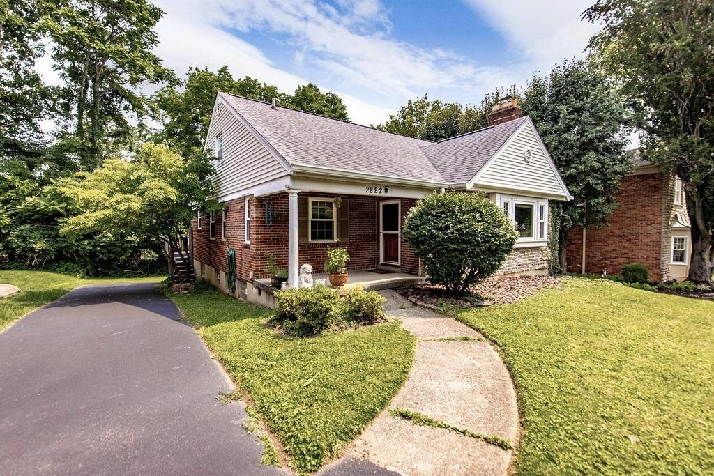 2822 Losantiridge Avenue Property Photo