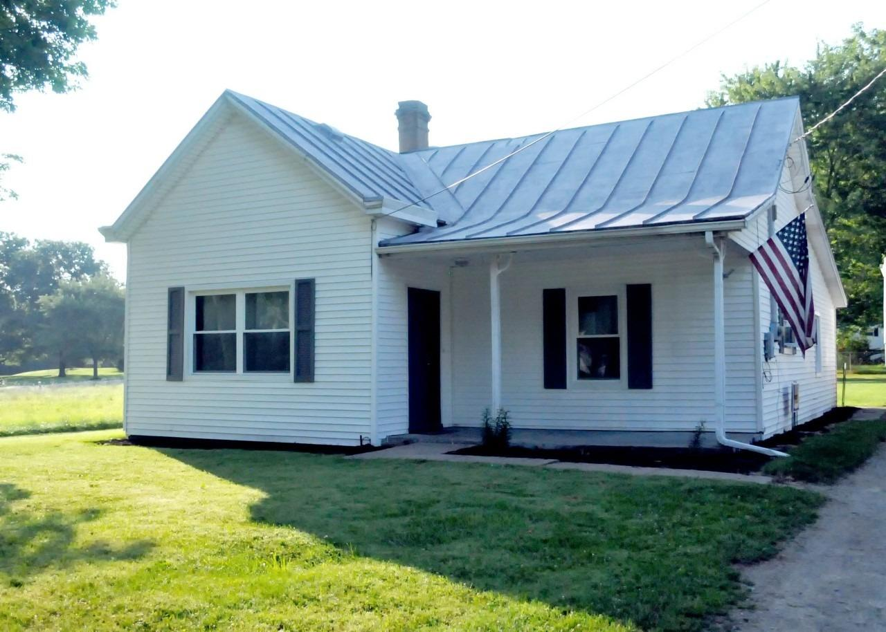 816 E Center Street Property Photo