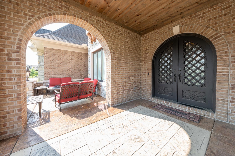 8762 South Shore Place Property Photo 5