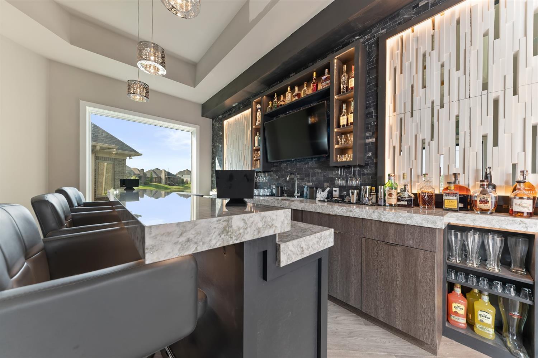 8762 South Shore Place Property Photo 16