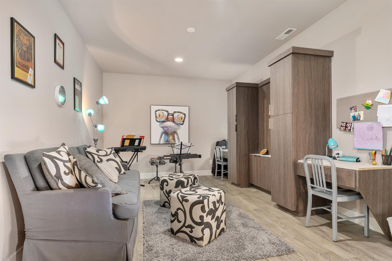 8762 South Shore Place Property Photo 33