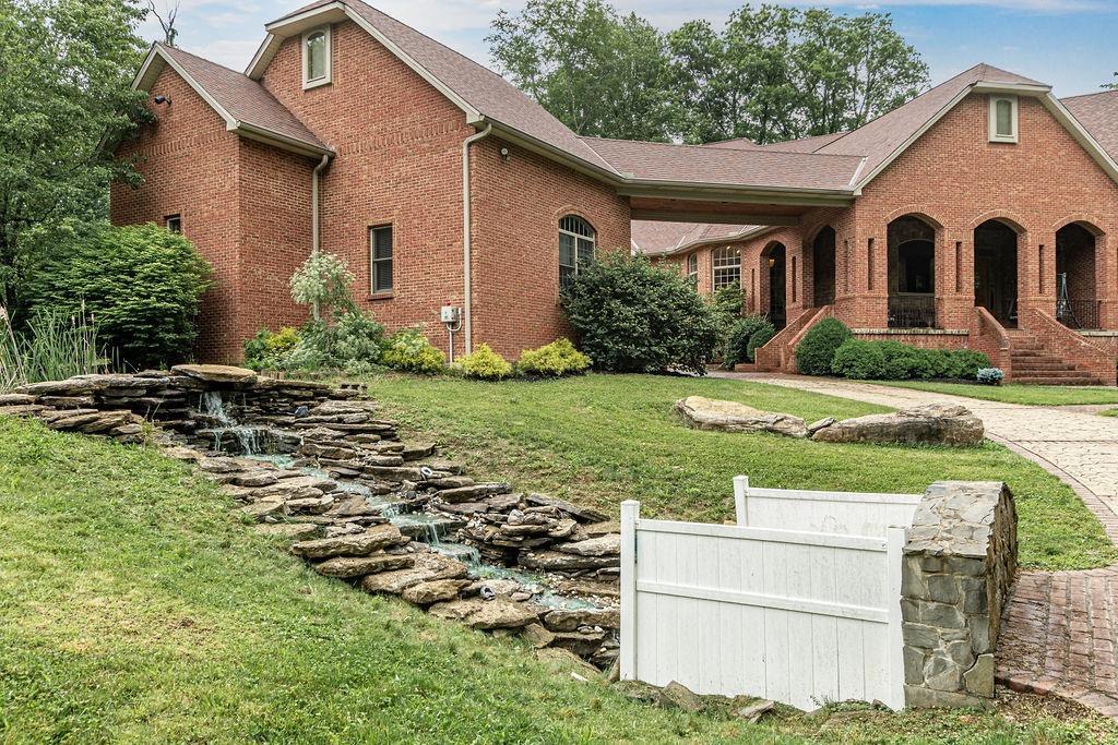 1196 Mystic Woods Drive Property Photo 7