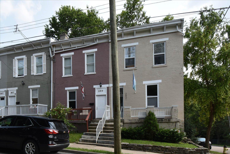 2819 W Eighth Street Property Photo