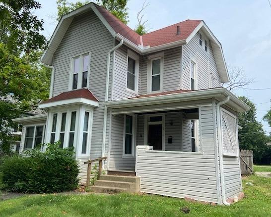 216 W High Street Property Photo