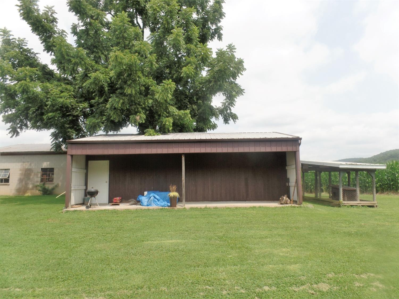595 Jaybird Road Property Photo 5