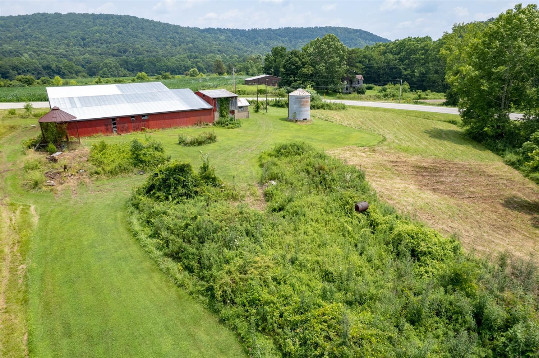 595 Jaybird Road Property Photo 14