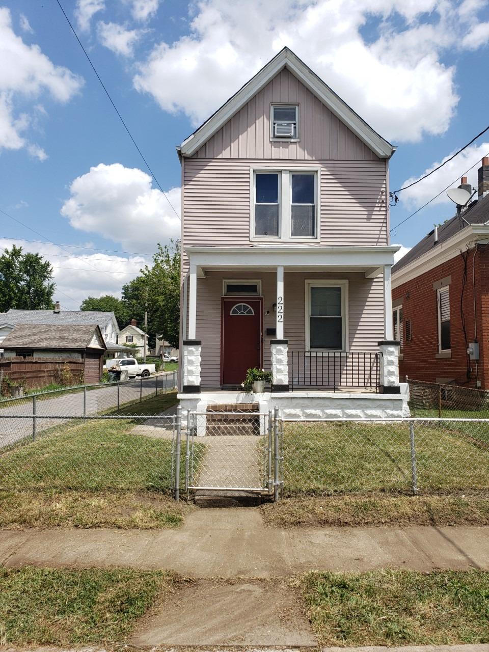 222 W Sixty Ninth Street Property Photo