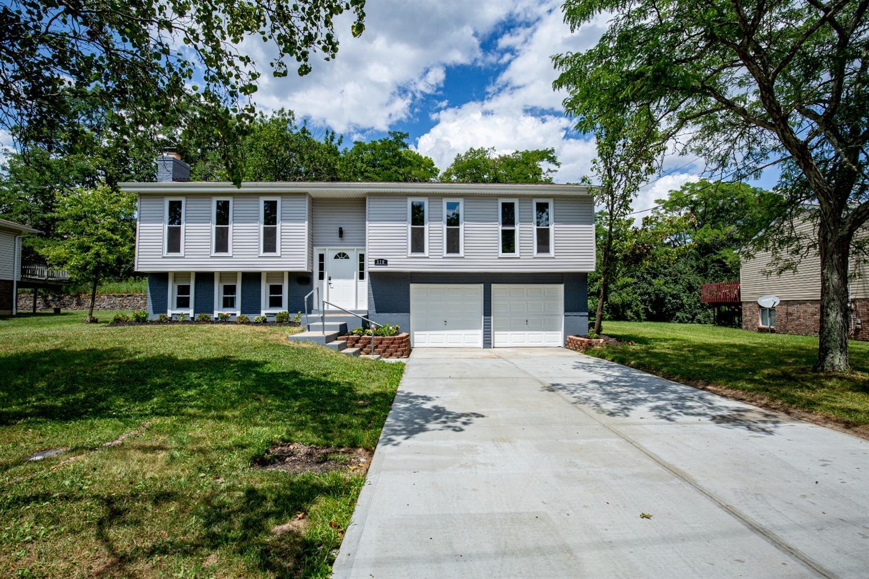 810 Clearfield Lane Property Photo