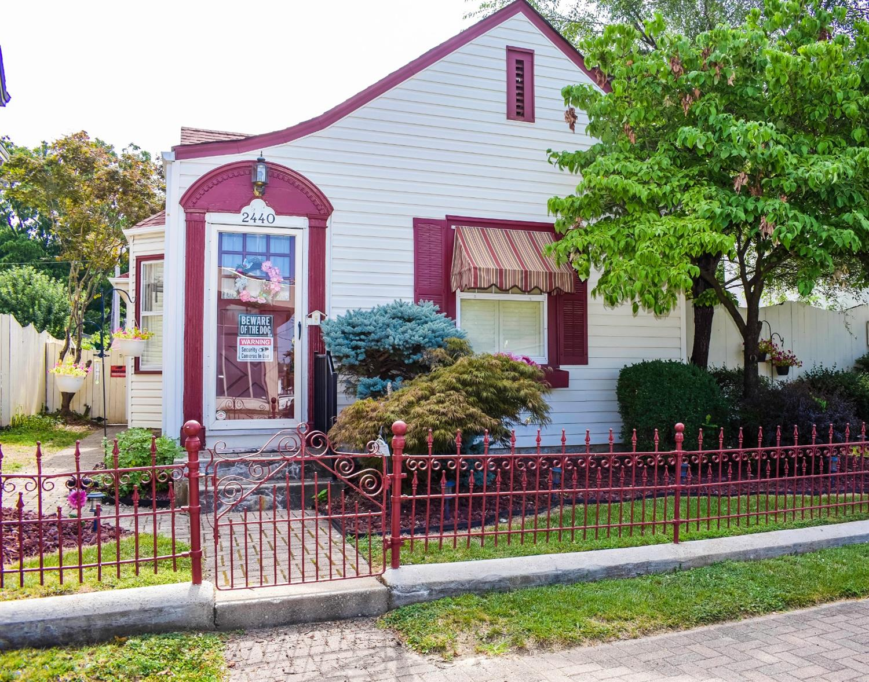 2440 Pleasant Avenue Property Photo