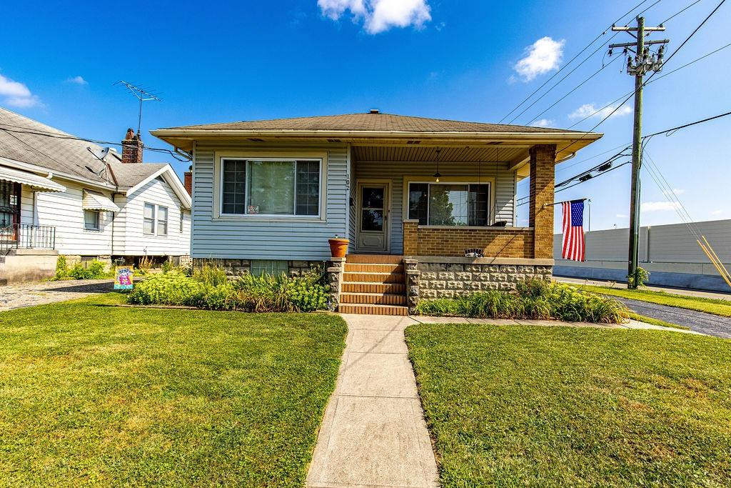 102 Pershing Avenue Property Photo