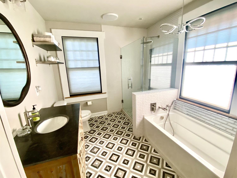 121 E Mills Avenue Property Photo 25