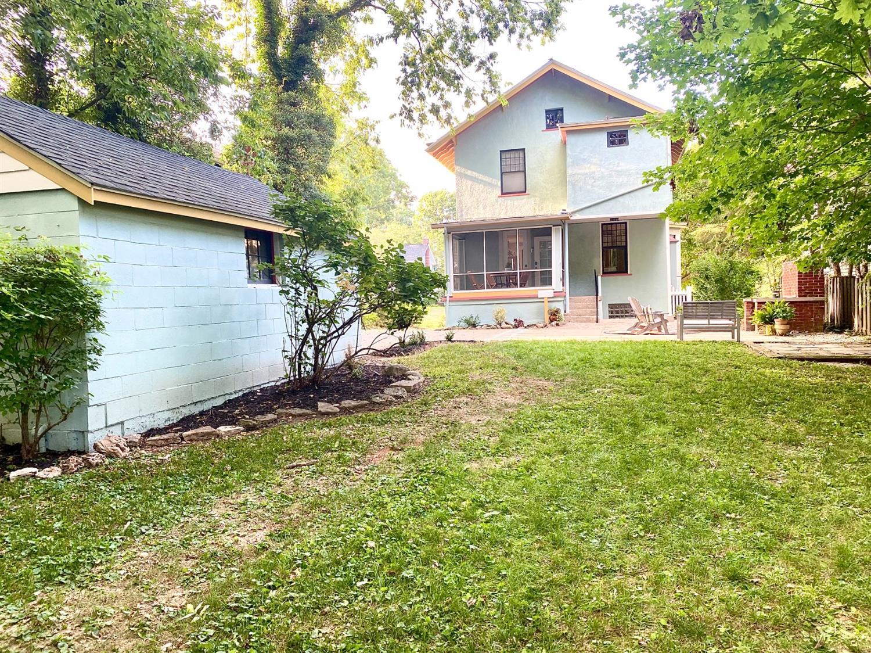 121 E Mills Avenue Property Photo 36