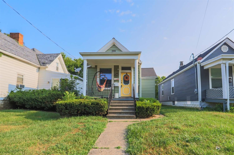 452 Hillside Avenue Property Photo